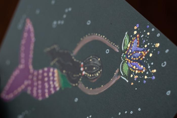 brunette-mermaid-detail-shot