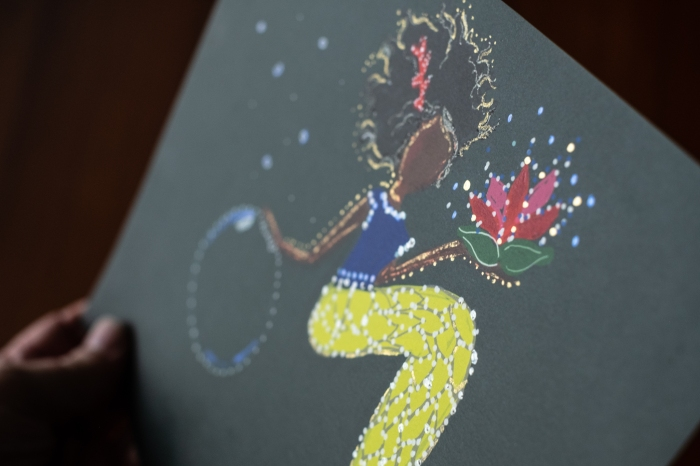 curly-mermaid-detail-shot